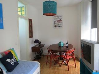 Doubah Red Apartment, Santos, Lisbon