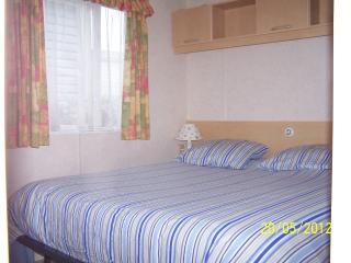 location mobilhome 3 chambres,terrasse semi- couverte,camping la pignade