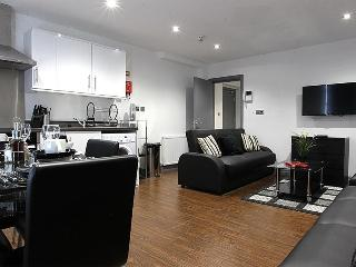 Northern Quarter  Shush Apartment sleeps 10 close to rail stations & Printworks