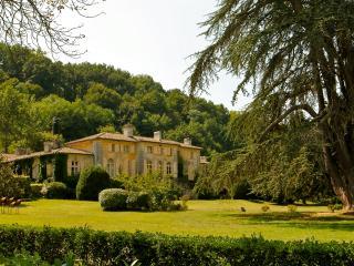 Cottage dans le parc du Château de Perrotin, Saint-Pey-de-Castets
