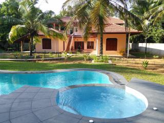 King Coconut Lodge - Ferienwohnung PEACOCK, Habaraduwa