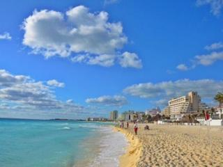 Year Round Beachfront Bargains!, Cancun