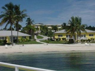 Abaco Towns by the Sea - 2BR/2Ba, Full Kitchen, Marsh Harbour