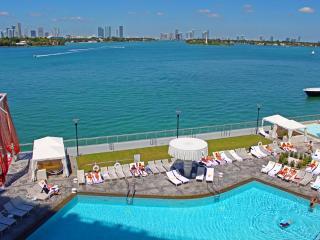 SoBe Deluxe Suite Bay view Balcony Condo 9th, Miami Beach