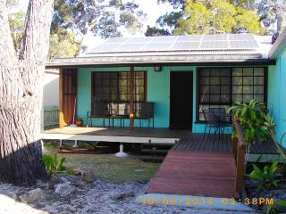 SEAGREEN RETREAT, 12 SOVEREIGN RD, AMITY POINT, Amity