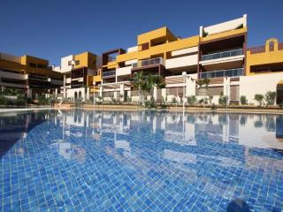 New Modern 2 bed Apartment Playa in Flamenca