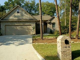 Lake Conroe Charmer Near Lake, Golf Course, Pool, Montgomery