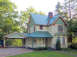 Victorian Retreat, Franklin