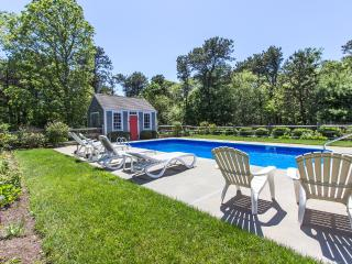 REINJ - Ferry Tickets July Weeks. Gorgeous Katama Home, Heated Pool,  Large, Edgartown