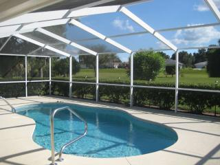 Nice villa with private pool at Golf Course, Hernando
