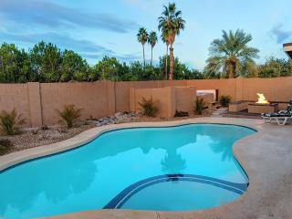 GREAT AREA - 10 MINS TO SCOTTSDALE- Pool/Spa/Fire, Mesa