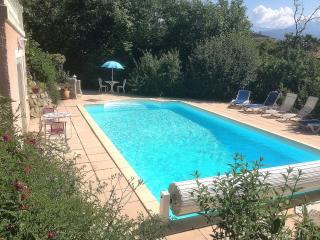 Studio independant dans villa avec piscine