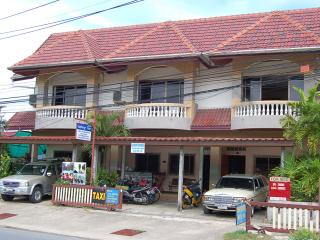 Saithong House, Kamala