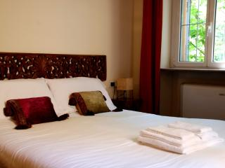 easyhomes Brera Dell'Orso - one bedroom, for 4 pp, Milán