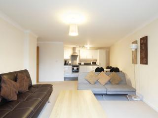Handleys Ct, Apt 3 - 2 Bed Large, Hemel Hempstead