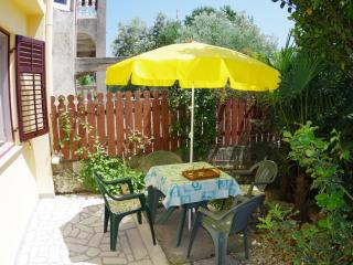 Holiday apartment 500m from the beach, Pjescana u.