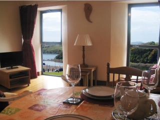 Westport Harbour View Apartment - self catering apartment