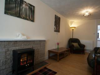 19, Dublin Street next to village square, good eating places, Wi-Fi + FreetimeTV, Porthmadog