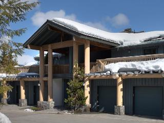 Taluswood #9 | 2 Bedroom Contemporary Chalet, Fireplace, Close to Ski Access, Whistler
