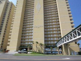 Ocean Villa 704-~Beachfront with Balcony~Pools~Hot Tubs~Fitness Center-Sauna-, Panama City Beach