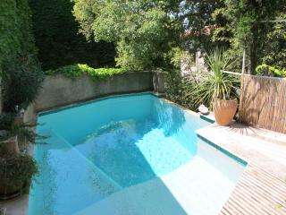 Maison Francoise, character stone house in quiet location with private pool