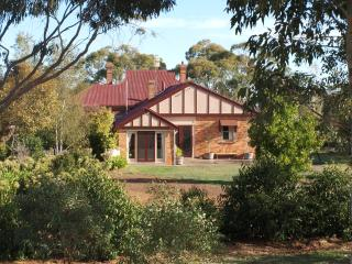 Pierrepoint Bed & Breakfast Chardonnay Suite, Tarrington