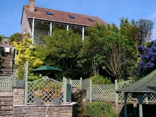 Highcroft Cottage, central Cheddar - 5 min walk to all attractions, dog-friendly