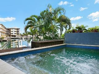Bay View Luxury Waterfront Villa, Darwin