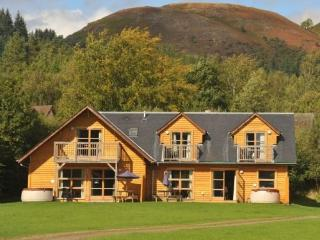 Stewart & Lismore lodges - Pets allowed, Loch Lomond and The Trossachs National Park