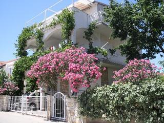 Apartments Milka A1/4 (Ap.5), Vodice