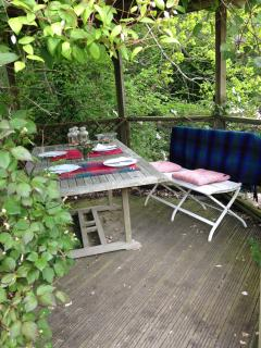 Al fresco dining in the river house
