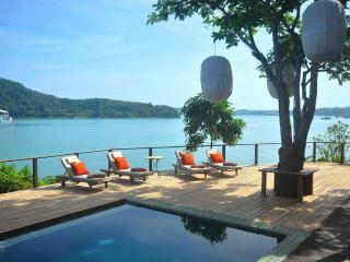Waterfront Villa - stunning !, Cape Panwa