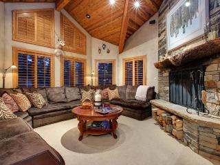 Luxury Retreat with Pool, Gym, Spectacular Views, Park City