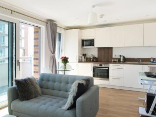 Luxury Studio Apartment Zone 2 Near Tube, Londres
