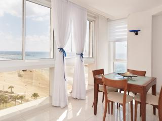 Daniel Hotel - Sea N' Rent, Herzliya