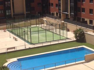 Atico luminoso con piscina comunidad, Arroyo de la Encomienda