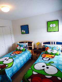 Bright and fun twin room