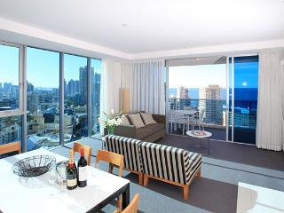 Level 17 Ocean & River Views, Surfers Paradise