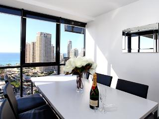 Level 19 Ocean & River Views, Surfers Paradise
