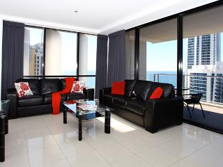 Level 35 Ocean & River View, Surfers Paradise