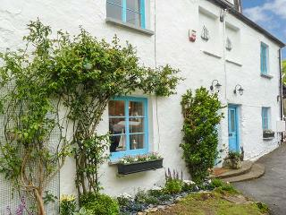 SEACOMBE COTTAGE, pet-friendly beach cottage, quality accommodation, close pub and coast path, Combe Martin Ref 922579