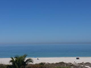 $2800 inclusive 4 bed 4 bath with Gulf views, Holmes Beach