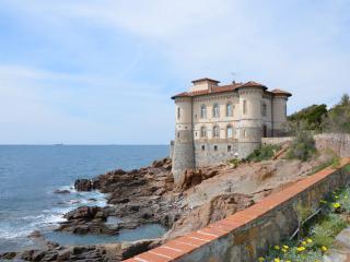 Alloggio di lusso in castello sulla scogliera, Livorno