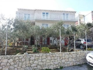 Apartment Ivan for 5 in Korcula, Korcula Town