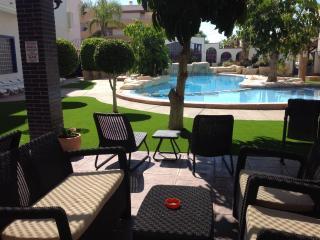 Apartamento de 2 dormitorios en complejo fabuloso, Cabo Roig