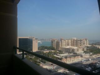 Fantastic 1-BR near the JBR beach #BOO26, Dubai