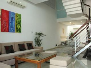 A Seaside House for Vacation Rental, Da Nang