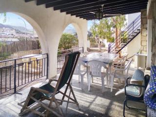 casa de 4 dormitorios con piscina y jardín, Calabardina