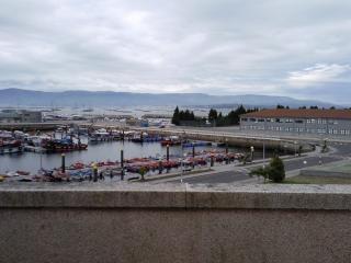 Ático con terraza y vistas al mar