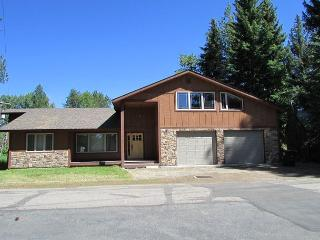 Spacious home with filtered views of Payette Lake, McCall